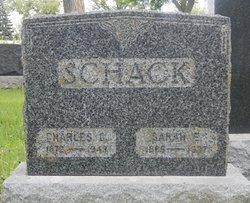 Sarah E Schack