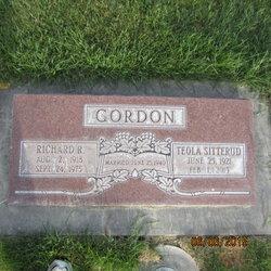 Richard R Gordon