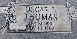 Oscar L Thomas