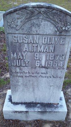 Susan Olive <I>Walker</I> Altman