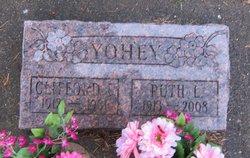 Clifford Lyle Yohey