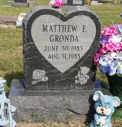 Matthew E Gronda