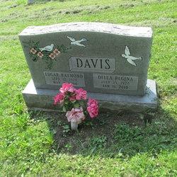Della Regina <I>Nickerson</I> Davis