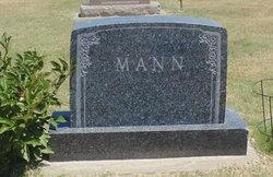 Donald L Mann