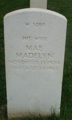 Mae Madelyn Crump