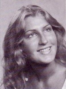 """Deanna Christine """"Dee"""" <I>Kroeger</I> Rasmussen"""