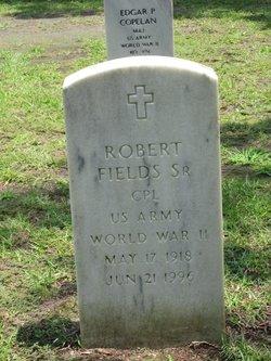 Robert Fields, Sr