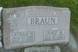 "Grace M ""Nana"" Braun"