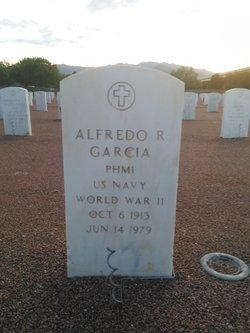 Alfredo R Garcia