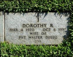 Dorothy R DeLuz