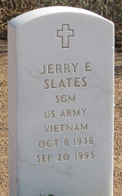 Jerry E Slates