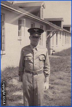 Sgt Thomas E Lamb