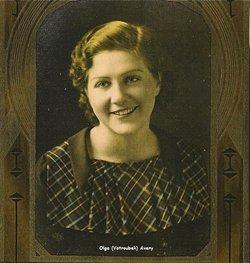 Olga Louise <I>Votroubek</I> Avery