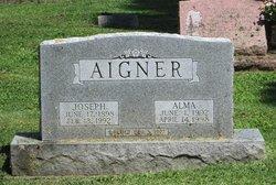 Alma R Aigner
