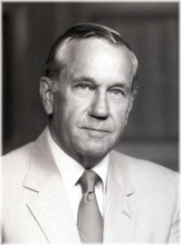 Col Paul M Yeager