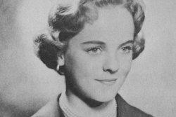 Suzanne Mary <I>Holman</I> Farrington