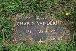 Richard Vanderheite