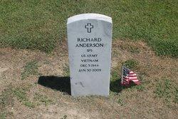 "Richard ""Buck"" Anderson"