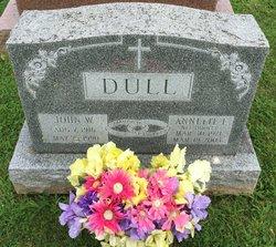 Annette F <I>Hoover</I> Dull