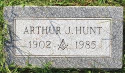 Arthur J Hunt