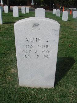 Allie J Smith