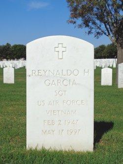 Reynaldo H Garcia