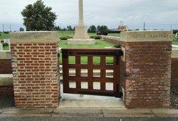 Cinq Rues British Cemetery