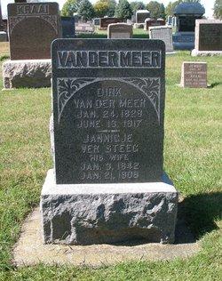 Dirk VanDer Meer