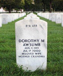 Dorothy M Awsumb