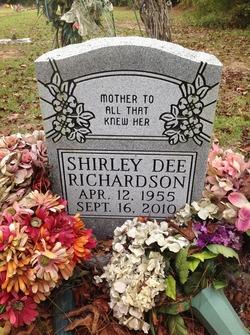 Shirley Dee Richardson