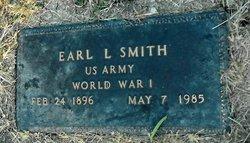 Earl L Smith