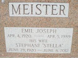 """Stephani """"Stella"""" Meister"""