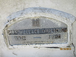 Mrs Wallace Duplichen