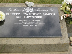"Felicity Wendy ""Wendy"" <I>Rowntree</I> Smith"