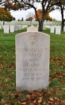 Cornelius T Devries
