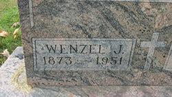 Wenzel J Nickel