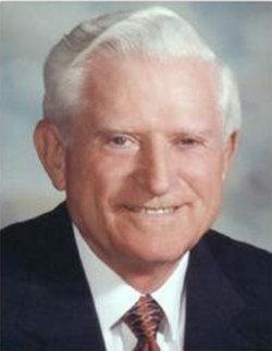 Dr Gene Myron Amdahl