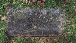 Robert Louis Davis