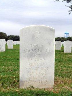Tony Garcia, Jr