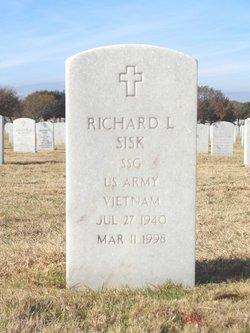 Richard L Sisk