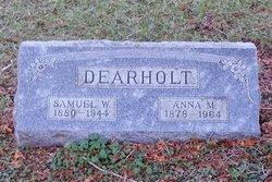 Samuel W Dearholt