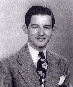 "Robert Everett ""Bob"" Kinnison"