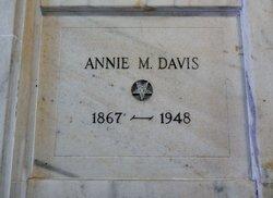 Annie M Davis