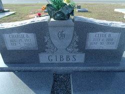 Clyde H Gibbs