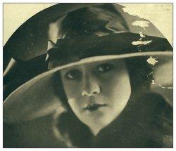 Claire Violet Du Brey