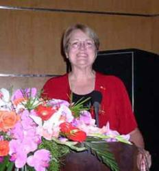 Dr. Linda R