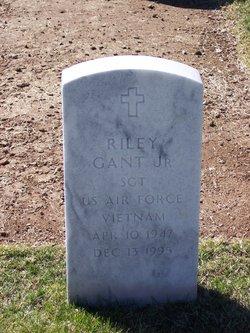 Riley Gant, Jr