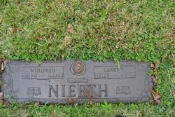 Larry T Nierth