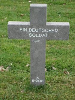 X-9-206 Ein Deutscher Soldat