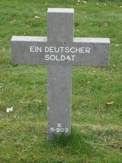 X-9-203 Ein Deutscher Soldat